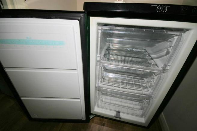 VIEW OF FREEZER