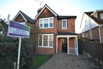 4 bed semi detached property in Caversham