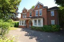Apartment to rent in Caversham