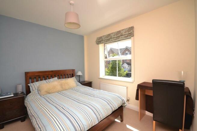 bedroom 2/guest suit