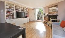 Mornington Crescent Flat to rent