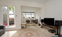 Apartment to rent in Jamestown Road, London...