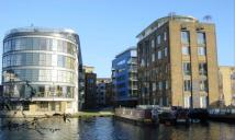2 bed Flat in New Wharf Road, London...