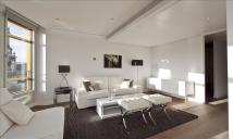 2 bed Apartment to rent in Central St. Giles Piazza...