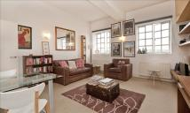 Flat to rent in 10-18 Manor Gardens...