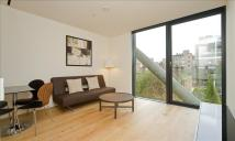 1 bedroom Flat to rent in Holland Street...