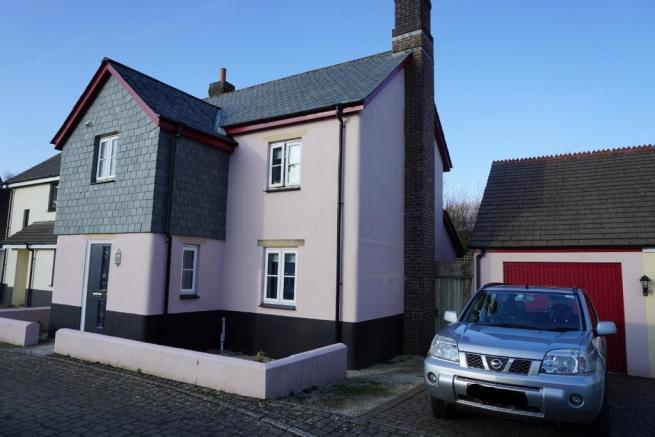 4 Bedroom Semi Detached House For Sale Maple Avenue Camelford Cornwall PL32 235000 Prev Next Picture 1