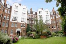 4 bed Apartment in Kings Gardens...