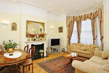 5 bedroom Detached house in Priory Road...