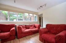 Savill Gardens Town House to rent