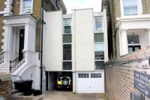 Apartment to rent in Marlborough Place, London