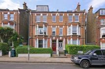 3 bed Flat to rent in Savernake Road...