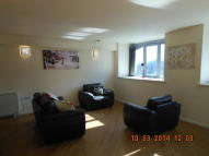 Apartment to rent in Centenary mill Court New...