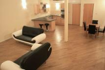 Apartment to rent in Centenary Mill Court.New...