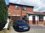 Town House to rent in Shenton Close, Whetstone...