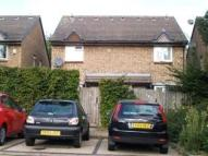 1 bed house in Laing Close, Ilford, IG6