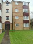 2 bed Apartment in Higham Station Avenue...