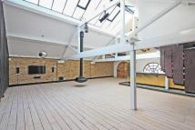 2 bed Character Property to rent in Metropolitan Wharf...