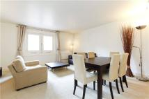 Pierhead Wharf Flat to rent
