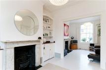 Terraced house to rent in Linton Street, Angel...
