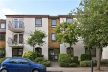 2 bedroom Flat to rent in 28 Lofting Road...