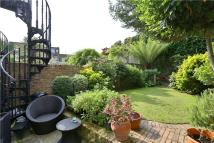4 bed Terraced house in Vincent Terrace, Angel...
