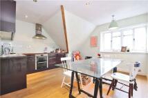 1 bedroom Flat to rent in Brushfield Street...