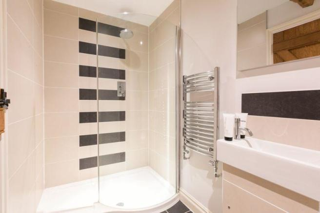 shower room / ...