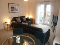 Apartment to rent in Strouds Close, Swindon...