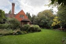 5 bedroom Detached house to rent in Lampton House Close...