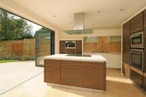 5 bed house in Coombe Lane, London...