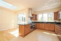 5 bed home in Queens Road, Wimbledon...