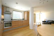 Grosvenor Hill Flat to rent