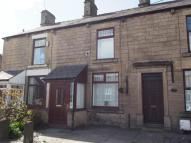 2 bed Terraced home to rent in Buxton Road, New Mills...