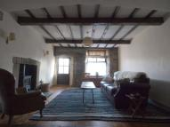 2 bedroom Terraced property to rent in High Street, New Mills...