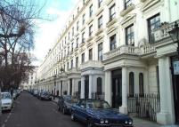 Apartment to rent in Queens Gardens, W2