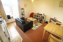 Apartment to rent in Outwood Lane...
