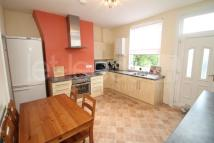 Meanwood Road Terraced property to rent