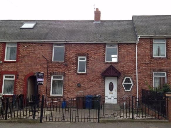 3 bedroom terraced house to rent in evistone gardens for 105 st georges terrace