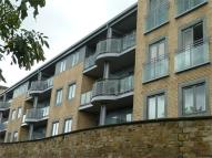 2 bed Apartment in Fairways court...