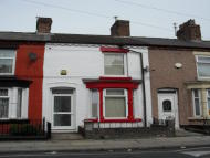 Terraced home to rent in Banner Street Wavertree...