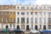 3 bedroom Flat in Mecklenburgh Square...