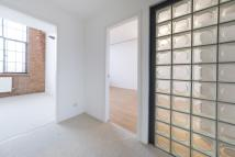 3 bedroom Flat for sale in Pentonville Road...