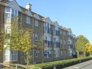 Flat in Draper Close, Isleworth