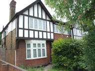 1 bed property to rent in Great West Road...