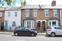 2 bedroom property for sale in Worple Road, Isleworth