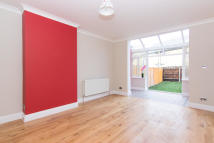 2 bed Flat in Pownall Road, Hounslow