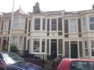 2 bedroom house in Cambridge Crescent-...