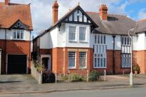 4 bed semi detached home for sale in Grosvenor Road...
