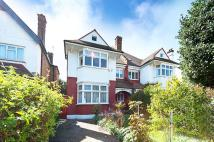 property to rent in Woodbourne Avenue, Streatham Hill